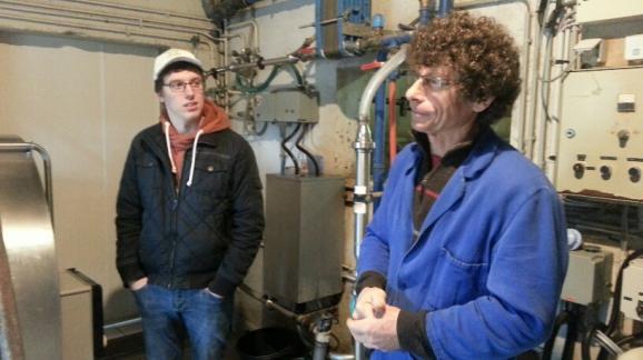 Jarno, un Belge, vient se renseigner sur les pratiques d'agriculture biologique